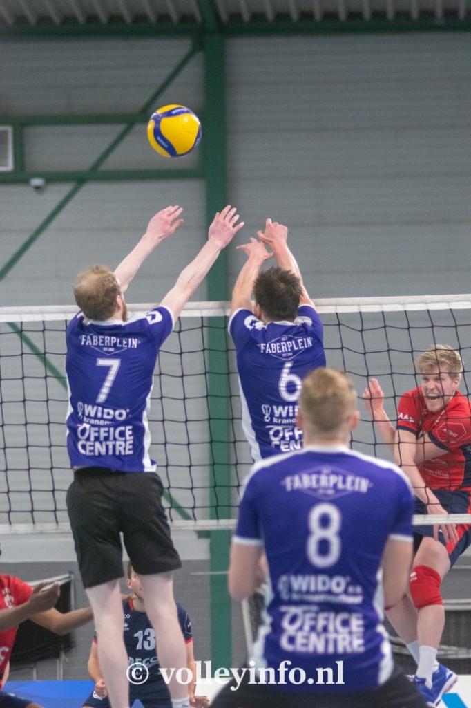 www.volleyinfo.nl-1277