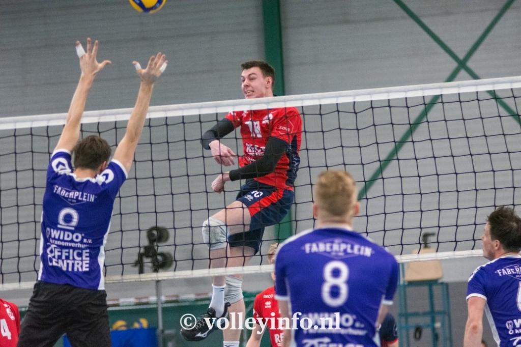 www.volleyinfo.nl-1299