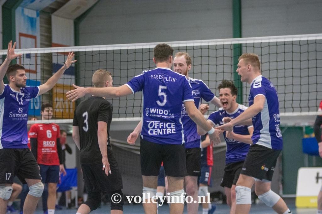 www.volleyinfo.nl-1302