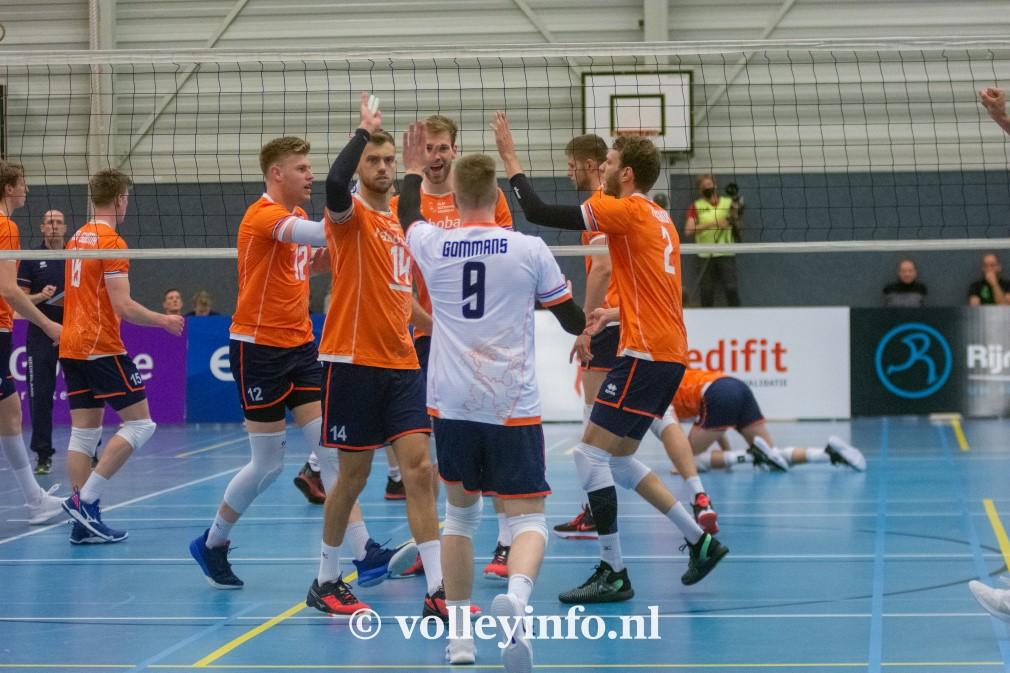 www.volleyinfo.nl-1358