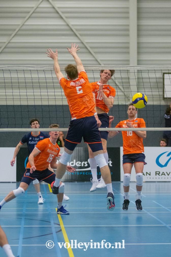 www.volleyinfo.nl-1359