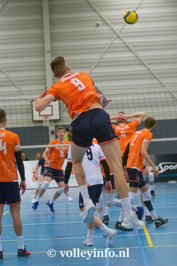 www.volleyinfo.nl-1361