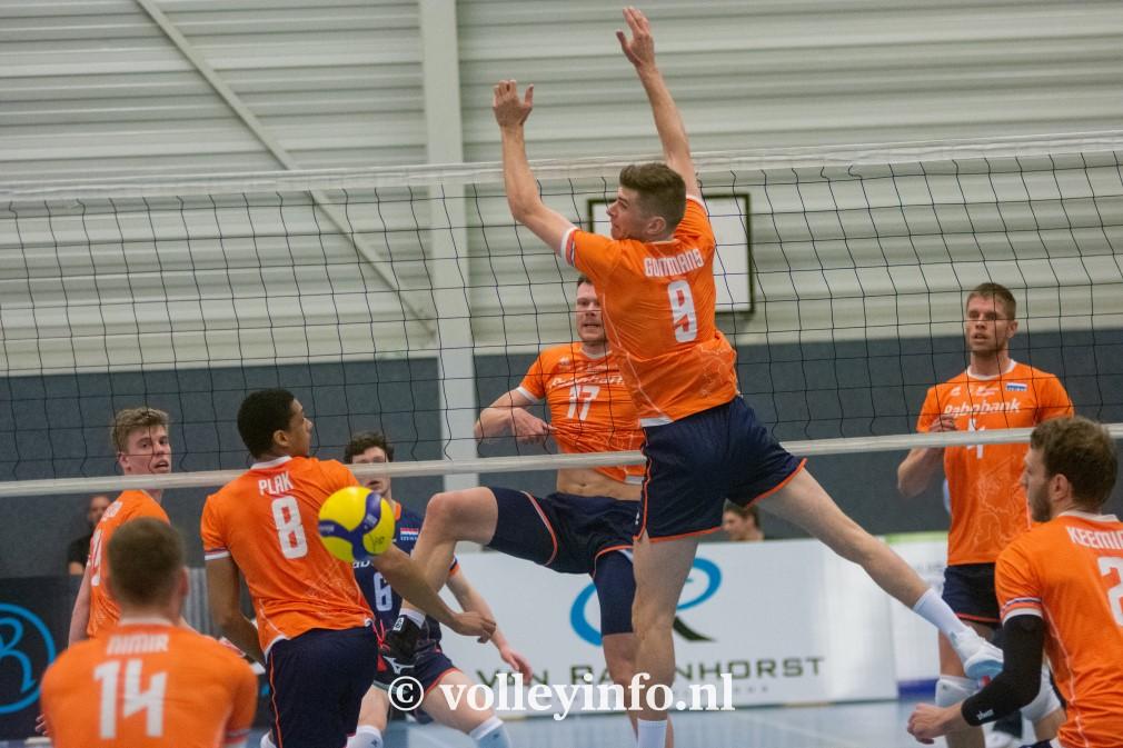 www.volleyinfo.nl-1364