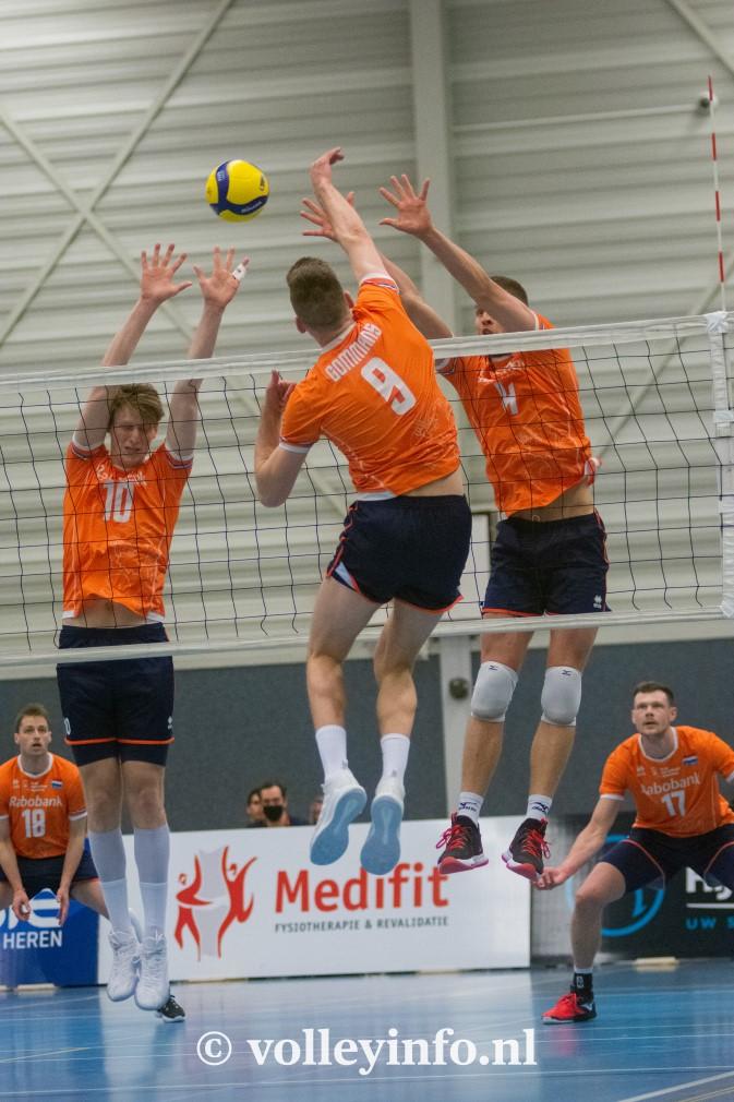 www.volleyinfo.nl-1370