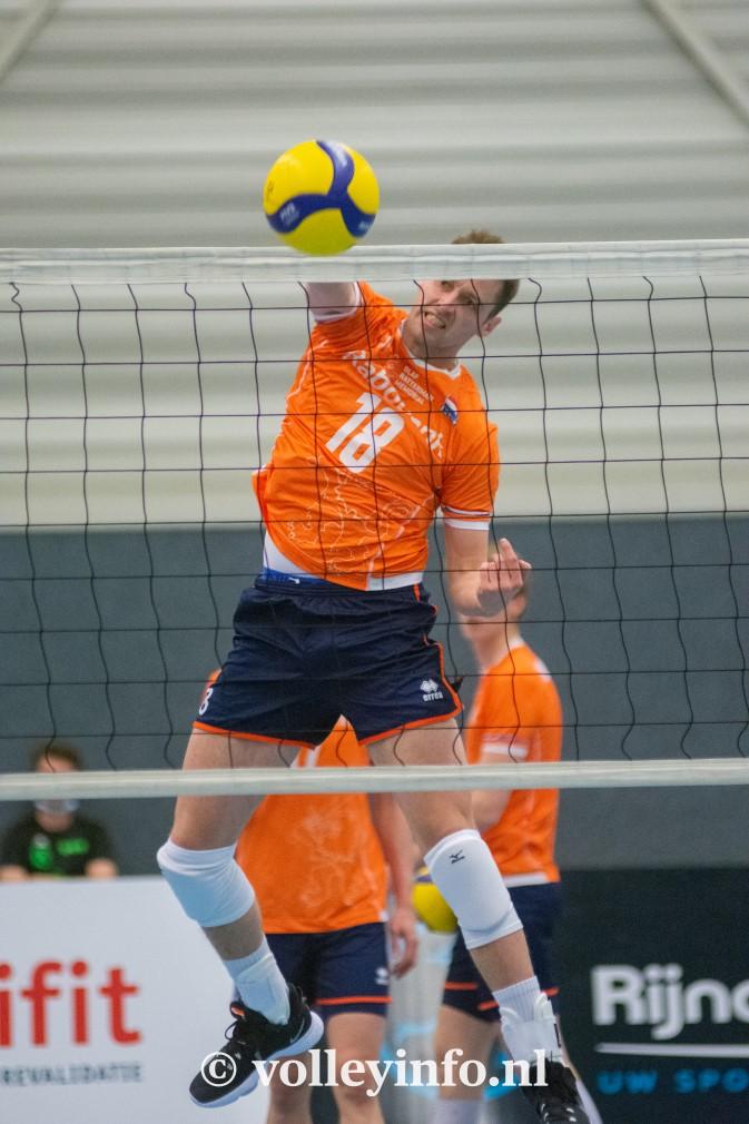www.volleyinfo.nl-1381
