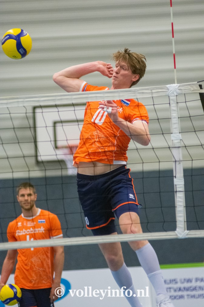www.volleyinfo.nl-1382