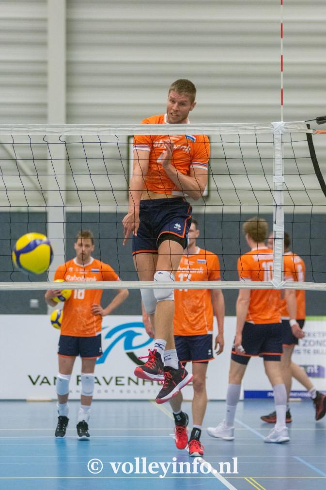 www.volleyinfo.nl-1384