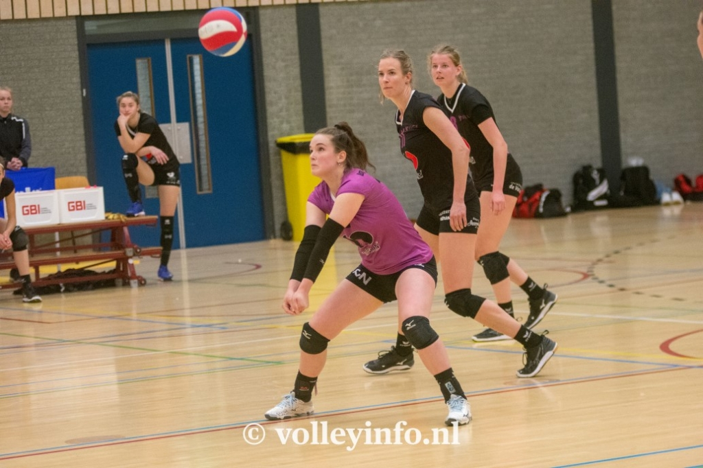 www.volleyinfo.nl-1415
