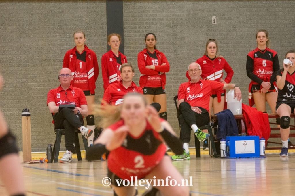 www.volleyinfo.nl-1422