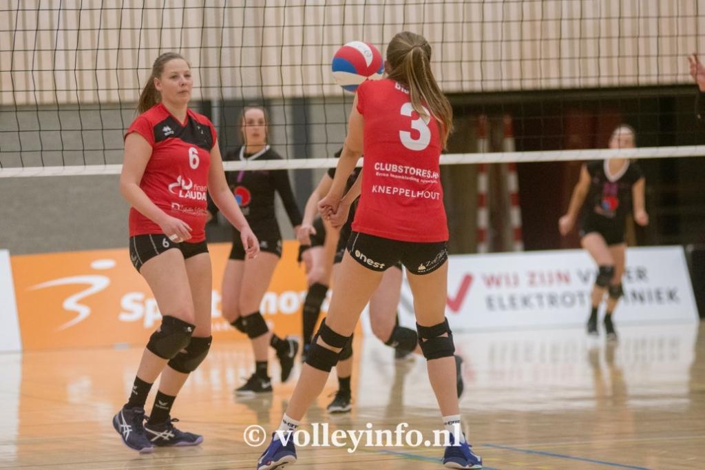 www.volleyinfo.nl-1425