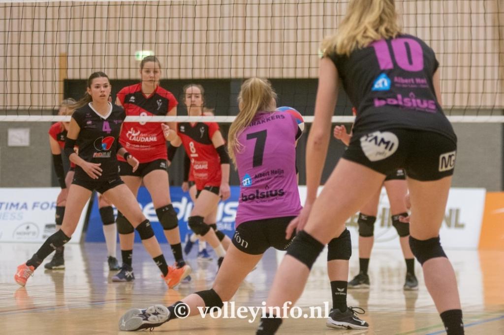 www.volleyinfo.nl-1440