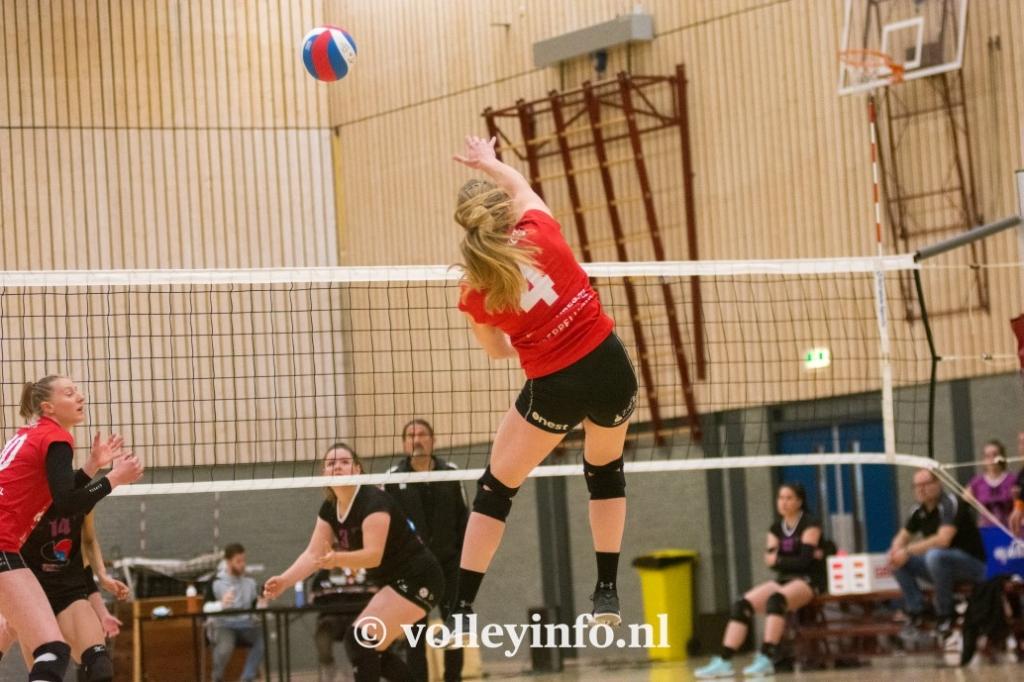 www.volleyinfo.nl-1451