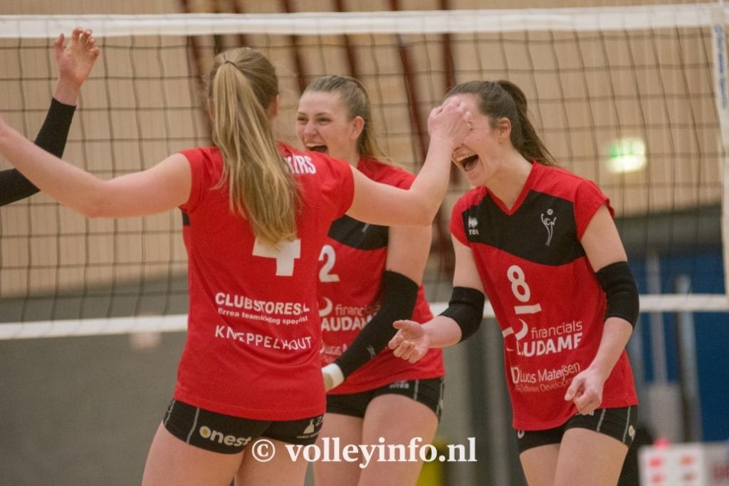 www.volleyinfo.nl-1452