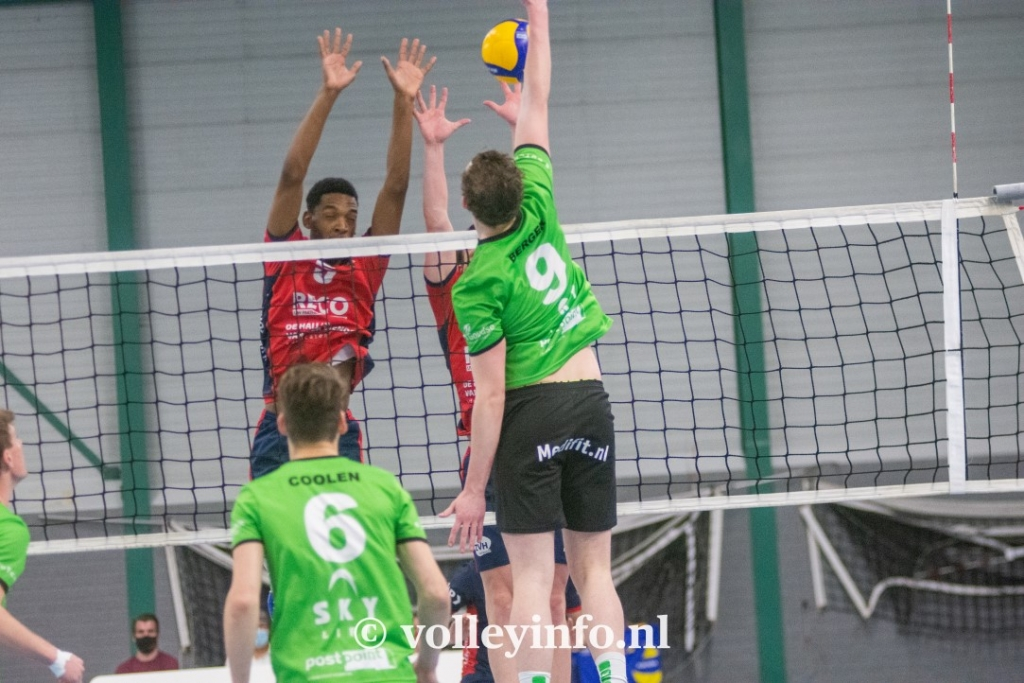 www.volleyinfo.nl-1537