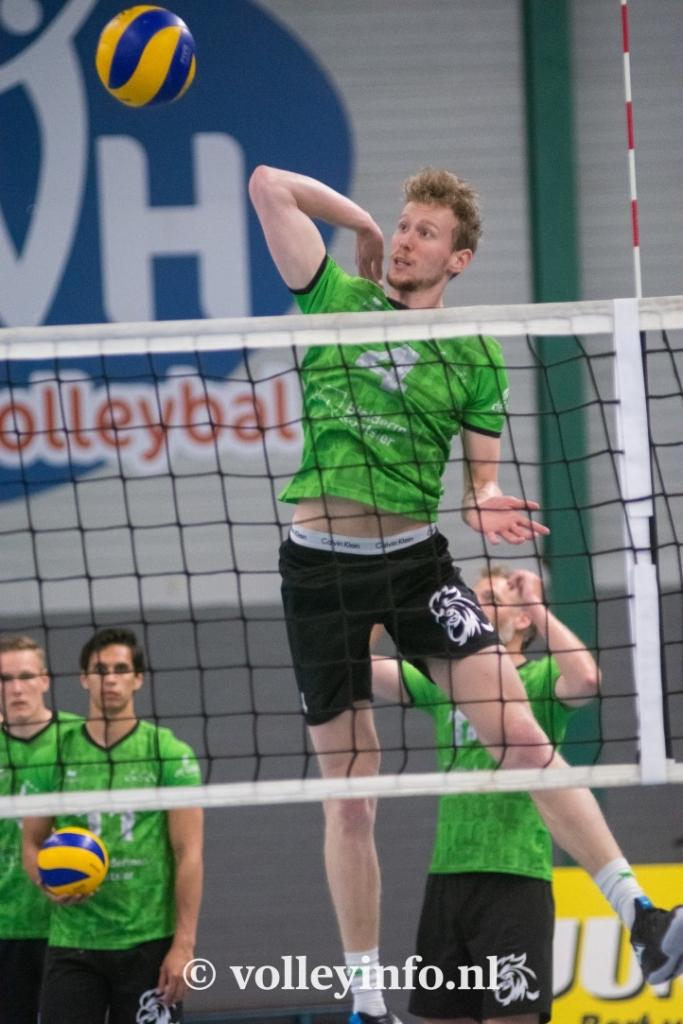 www.volleyinfo.nl-1566
