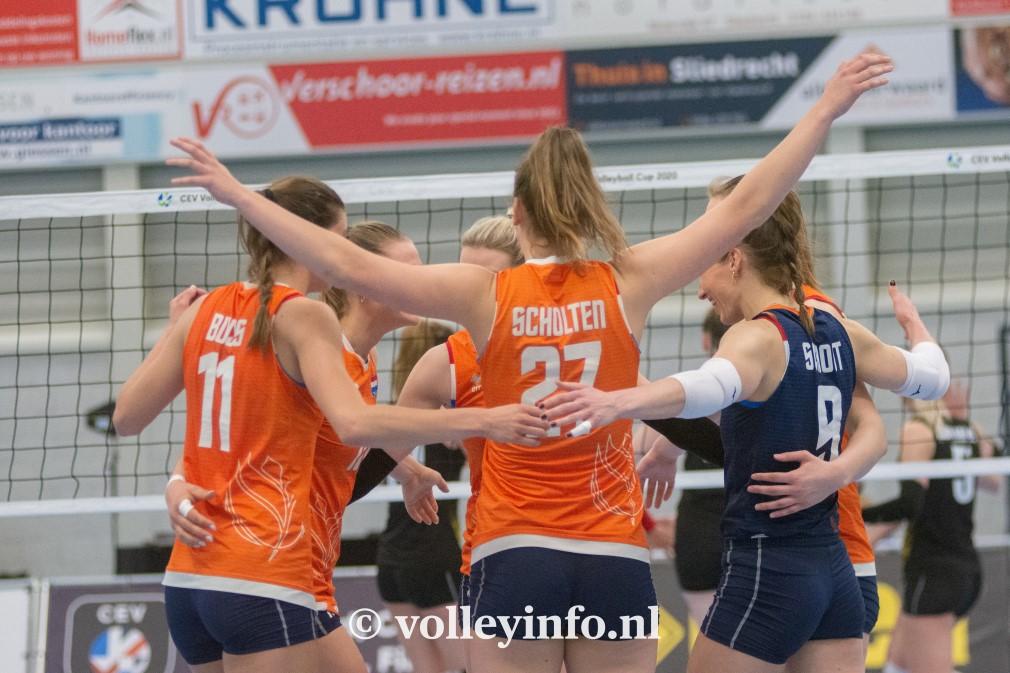 www.volleyinfo.nl-1597