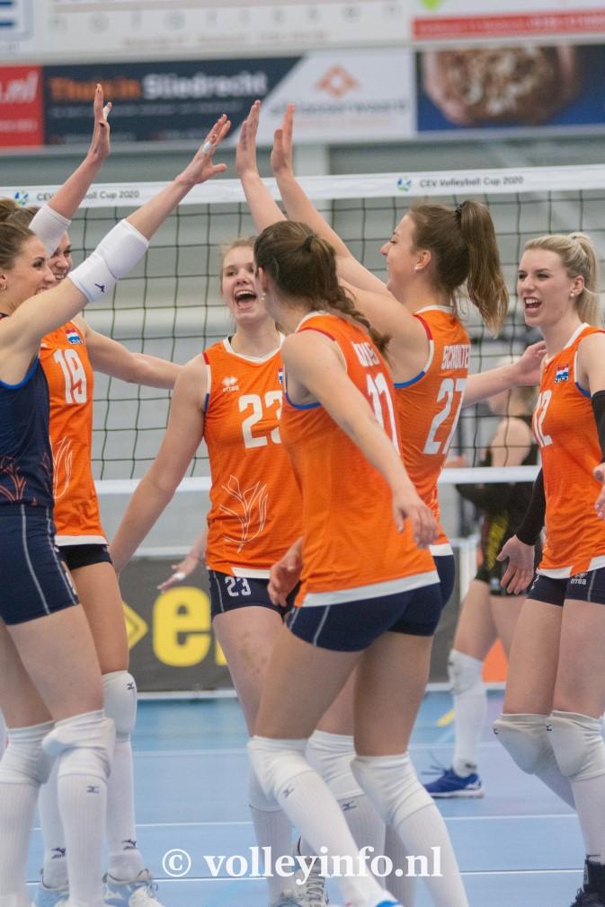 www.volleyinfo.nl-1598
