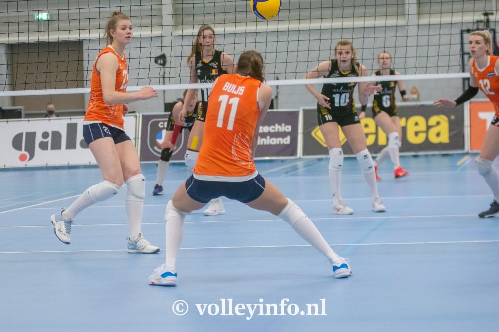 www.volleyinfo.nl-1599