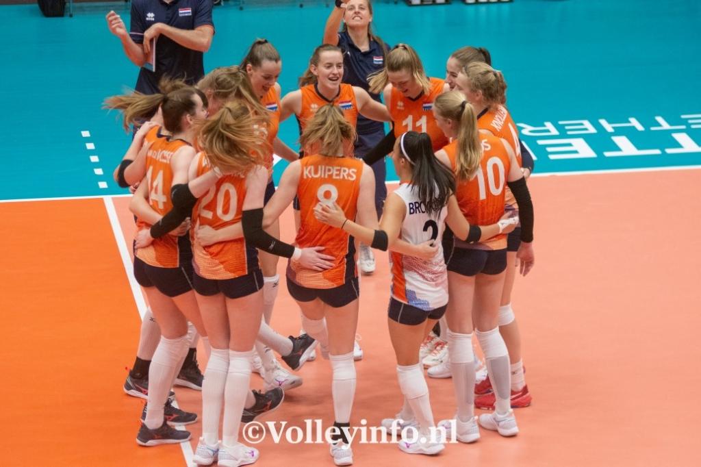 www.volleyinfo.nl-1672