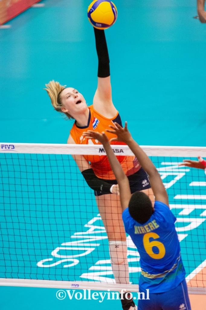 www.volleyinfo.nl-1712