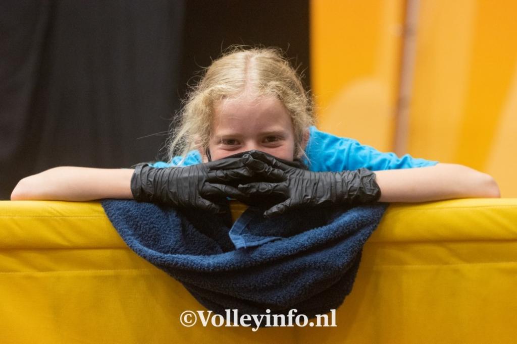 www.volleyinfo.nl-1753