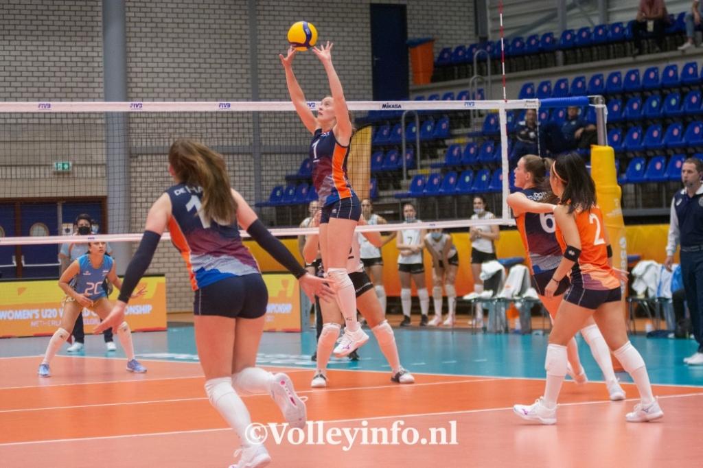 www.volleyinfo.nl-1755